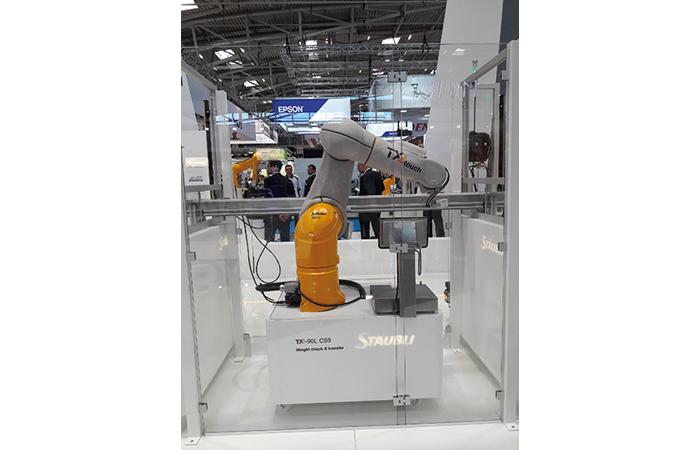 Robots collaboratifs Staübli, pour l'Homme
