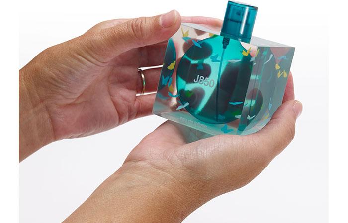 Stratasys propose l'impression 3D multimatériaux polychrome