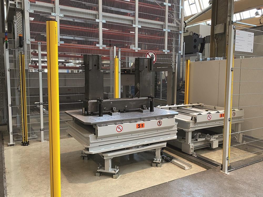 Unitower CNC alimente en continu les centres d'usinage