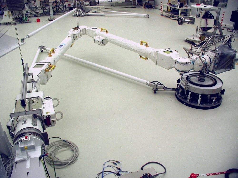 Espace : un bras robotique bientôt à bord de l'ISS